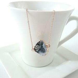 Jewelry - Black & White Geode Choker Necklace